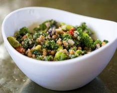 Salade protéinée au quinoa : Savoureuse et équilibrée | Fourchette & Bikini