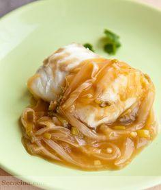 Merluza con salsa de cebolleta al jengibre