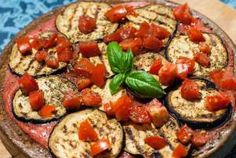 torta di quinoa antipasto proteine vegetali melanzane zucchine verdure vegetariano vegano per palestra pomodorini estivo facile senza glutine gluten free
