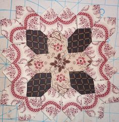 Lucy Boston Patchwork Of The Crosses- Kit 42