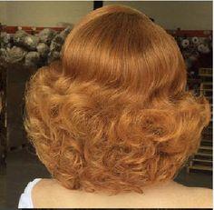 Big Blonde Hair, Big Hair, Curly Hair, Retro Hairstyles, Curled Hairstyles, Medium Short Hair, Medium Hair Styles, 1960s Hair, Fluffy Hair