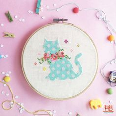 Cross stitch pattern - Kitten with Floral Wreaths Cross stitch kit from this pattern : http://etsy.me/1YZNSdY Cross stitch idea for spring - kitten with a lovely floral wreaths!! A great idea for spring and easter cross stitch. Time to start to give your sweet home a touch of spring. You may also interest bunny & chick in same style too ~ - Bunny with Floral Wreaths : http://etsy.me/1wt8cwc - Chick with Floral Wreaths : http://etsy.me/1wt9hEv *...