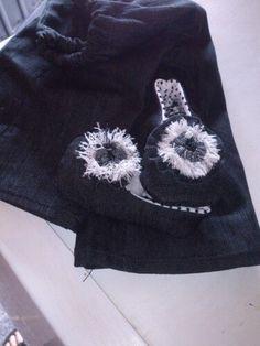 Pantalón y zapatitos de gins Hats, Fashion, Vestidos, Pants, Clothing, Bebe, Moda, Hat, Fashion Styles