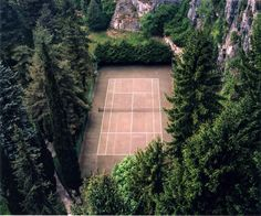 beautiful tennis courts