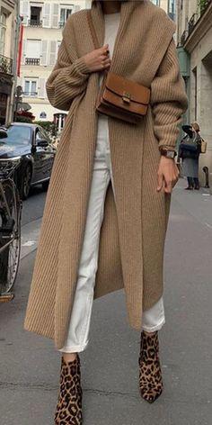 Mode reine Farbe Langarm-Pullover - Women Plus Size Ideas Cool Street Fashion, Look Fashion, New Fashion, Trendy Fashion, Winter Fashion, Street Style, Fashion Outfits, Womens Fashion, Fashion Trends
