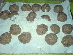 Κεφτεδάκια της γιαγιάς !!! ~ ΜΑΓΕΙΡΙΚΗ ΚΑΙ ΣΥΝΤΑΓΕΣ 2 Cookies, Desserts, Blog, Crack Crackers, Tailgate Desserts, Deserts, Biscuits, Postres, Blogging