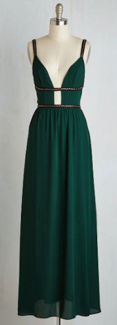 stunning emerald green maxi dress