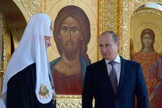 Vladimir saúda Vladimir: Putin festeja o fundador religioso da Rússia  Moscou.- O presidente russo, Vladimir Putin na terça-feira marcou 1.000º ano desde a morte do príncipe Vladimir, o santo ortodoxo creditado por trazer o cristianismo ao país na Idade Média.