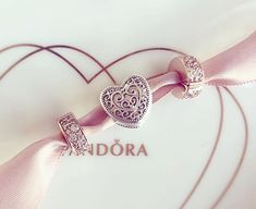 >>>Pandora Jewelry OFF! >>>Visit>> My haul from the Pandora UK Needed clips 😊 Mora Pandora, Pandora Uk, Pandora Jewelry, Charm Jewelry, Pandora Charms, Gold Jewelry, Mens Sterling Silver Necklace, Sterling Necklaces