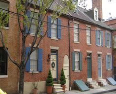 Fells Point...What I wouldn't give to own one of these rowhouses...in Fells Point, MD