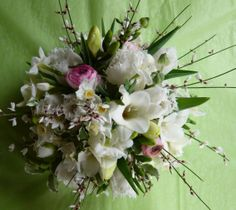 spring scented posy by Spriggs Florist www.spriggs-florist.co.uk