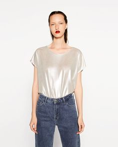 Imagem 2 de T-SHIRT CROPPED METALIZADA da Zara