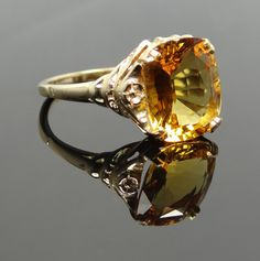 Sweet Vintage Floral Side Rectangle Citrine Ring - RGCI108P