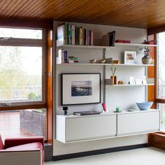 Home Interior De Mexico 606 Universal Shelving System Elfa Shelving, Shelving Systems, Dieter Rams, Home Interior, Interior Design, Tiny Spaces, Space Saving Furniture, Decorating Small Spaces, Mid Century House