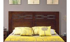 Cabecero de cama de estilo rústico y líneas clásicas. Fabricado en madera natural.