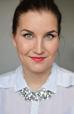 Beauty blogger @Erika Naakka wearing a mix of Lumene Triple Stay Foundation (2/3) and Serum Foundation (1/3). #lumene