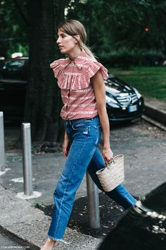 MFW-Milan_Fashion_Week-Spring_Summer_2016-Street_Style-Say_Cheese-Veronika_Heilbrunner-Miu_Miu_Blouse-Jeans-Clogs-2