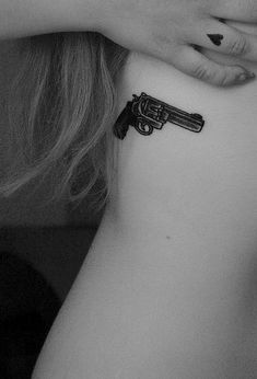 137 Fantastic Gun Tattoos That Hit Their Mark
