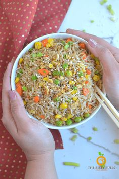 Instant Pot fried rice is a pressure cooker version made in a fraction of the time and it will totally satisfy any craving for Asian cuisine. Delicious Vegan Recipes, Easy Healthy Recipes, Vegetarian Recipes, Crockpot Recipes, Side Dish Recipes, Asian Recipes, Dinner Recipes, Ethnic Recipes, Garlic Fried Rice