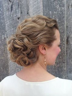 Curly updo ~ we ❤ this! moncheribridals.com
