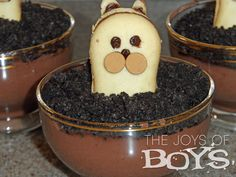 Groundhog Day recipes - Pudding Cups - The Joys of Boys Healthy Desserts For Kids, Holiday Recipes, Holiday Foods, Pudding Cups, Groundhog Day, Good Food, Fun Food, School Snacks, Holiday Baking