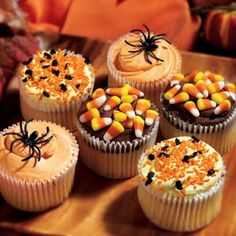 Beasley's Halloween Cupcakes - Gift Basket Includes:Your choice of 6 or 12 cupcakes. Each assortment includes real chocolate ganache topped with candy corn, orange frosting topped w. Halloween Desserts, Halloween Cupcakes, Halloween Gift Baskets, Halloween Birthday, Halloween Candy, Halloween Gifts, Holidays Halloween, Holloween Cake, Halloween Baking