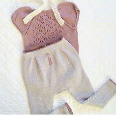 @millastrikkedilla har et par favorittplagg i garderoben til frøkna si, bla #enfinjentebody som du finner oppskrift på via linken i profilen s #tusenogenmaske #strikkefavoritt #jentestrikk #strikkedilla #knittinginspiration #knittingforkids #knits #pinkknitting #rosastrikketøy #knittersofnorway #knittersofinstagram #yarnlove #garnelsker #babystrikk #strikktilbaby