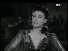 """Lena Horne """"Stormy Weather"""" Classic all African American musical film. Classic Singers, Classic Jazz, Julie London, Lena Horne, Civil Rights Activists, Actors & Actresses, Hollywood Actresses, Timeless Beauty, Beautiful Actresses"""