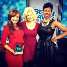 """Talking """"Sean Saves the World,"""" her recent wedding, and celebrating the holiday season with lovely Megan Hilty"""