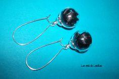 Boucles d'oreilles globe ruban noir : Boucles d'oreille par les-crea-de-louline