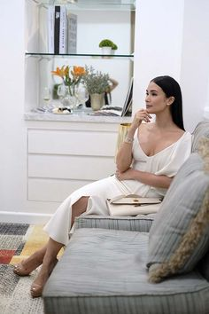 Heart Evangelista-Escudero at The Aivee Clinic's Newest Branch Opening Heart Evangelista Style, Heart Evangelista Wedding, White Fashion, Urban Fashion, Fashion Women, Filipino Fashion, Luxury Lifestyle Fashion, Classy And Fabulous, Classy Women