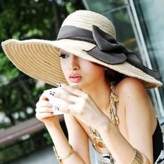 I want like 100 of these wide brimmed hats, in all colors