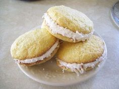 How to Make Coconut Whoopie Pies  http://www.instructables.com/id/How-to-Make-Coconut-Whoopie-Pies/