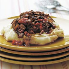 An oval 3- to 3 1/2-quart slow cooker works best for this recipe because of the shape of the meat. If you don't own an oval slow cooker,...