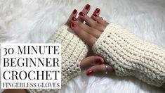 DIY 30 Minute Beginner Crochet Fingerless Gloves – Knitting For Beginners 2020 Crochet Fingerless Gloves Free Pattern, Crochet Mittens, Mittens Pattern, Crochet Yarn, Crochet Scrubbies, Crochet Bee, Fingerless Mitts, Crochet Blankets, Crochet Doilies