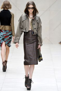 Burberry Prorsum Spring 2012 Ready-to-Wear Fashion Show - Ruby Jean Wilson