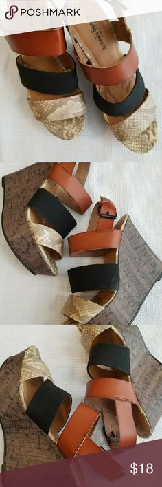 MAKE AN OFFER *Textured Wedges Like New condition!!!!! Mossimo Supply Co. Shoes Wedges