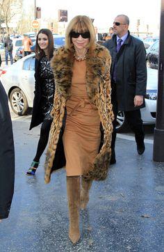 Anna Wintour Fur Coat - Anna Wintour Clothes Looks - StyleBistro