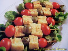 La cucina di Esme: Spiedini di frittata, olive e pomodorini