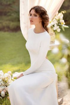 #Column #Wedding #Dress ♡ For how to organise an entire wedding https://itunes.apple.com/us/app/the-gold-wedding-planner/id498112599?ls=1=8 ♥ THE GOLD WEDDING PLANNER iPhone App ♥ http://pinterest.com/groomsandbrides/boards/ for an abundance of wedding ideas ♡