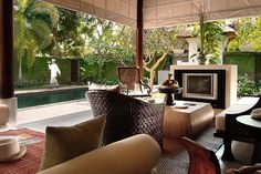 the gangsa is another exclusive haven of Kayumanis private villas, who pioneered the concept of exclusive, luxury vacation retreats in Bali and in China; and continues to raise the standard by which others are to follow.