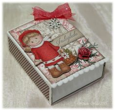 Wenches Cards & Paper: Christmas decorated matchbox