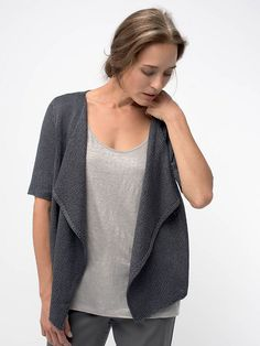 Meridian features wide, cascading lapels that flow with exquisite drape. The sheen and cool fabric of Rain elevates the classic cardigan design with luxury.