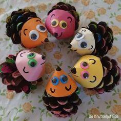 DIY met foto's en beschrijving DIY with photos and description Pinecone Crafts Kids, Cute Kids Crafts, Easy Halloween Crafts, Summer Crafts For Kids, Pine Cone Crafts, Autumn Crafts, Craft Activities For Kids, Toddler Crafts, Preschool Crafts