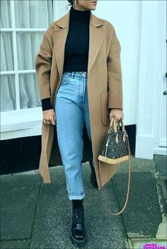 10 básicos de otoño que debes tener para la oficina | Mujer de 10 Trendy Fall Outfits, Casual Winter Outfits, Winter Fashion Outfits, Autumn Casual, Hipster Outfits, Winter Outfits Women, Look Blazer, Winter Stil, Paris Mode