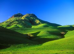 I hav e always wanted to go hiking in the Sutter Buttes in the springtime