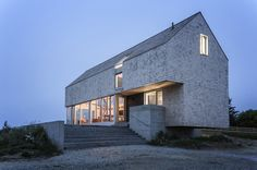 Point House by MacKay-Lyons Sweetapple Architects  Photograph by Matthew MacKay-Lyons/William Green