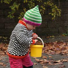 Hos Anna-ananas: Sort og hvid trøje Baby Barn, Fair Isle Knitting Patterns, Knitting For Kids, Baby Kids, Knit Crochet, Kids Fashion, Children, Sweaters, Knits