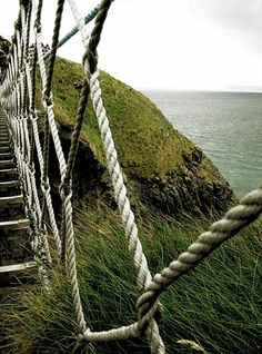I haven't been here yet, but it is on my list of places.  This is that Carrick-a-Rede Rope Bridge that is near Giants Causeway.