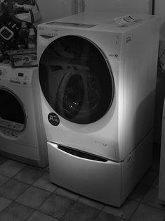 Die neue LG TWINWash ™ Waschmaschine im Test Washing Machine, Portal, Laundry, Home Appliances, Household, Laundry Room, House Appliances, Appliances, Laundry Rooms